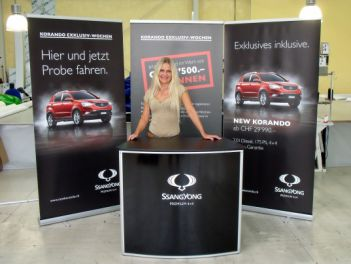 Promotiontheke Curved für Ssang Yong