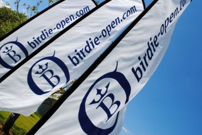Flying Banner für Birdie-Open